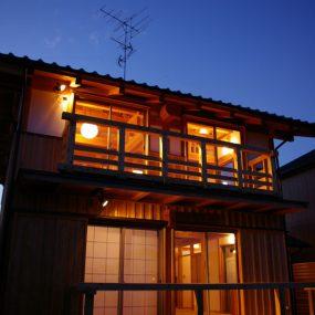 木組みの家「五香の木の家」夜景