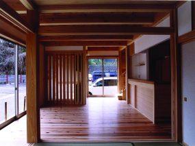 木組みの家「腰越の家」居間