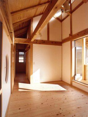 木組みの家「善福寺の家」2階