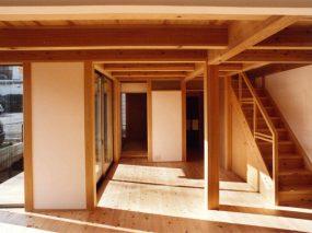 木組みの家「善福寺の家」居間