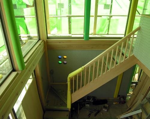 「朝霞の家」大工工事階段