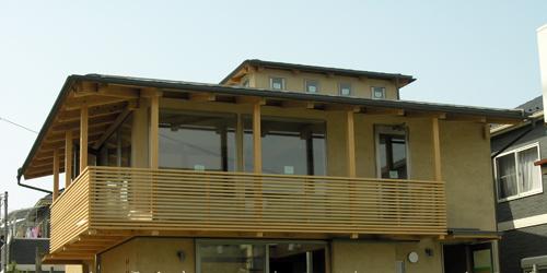 110523「朝霞の家」外観