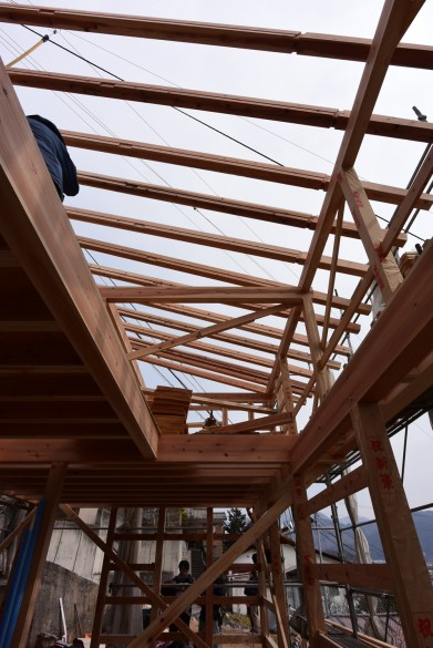 木組みの家「松本城のみえる家」上棟3