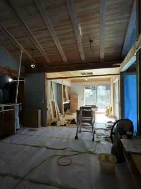木組の省エネ「佐倉の平屋」居間